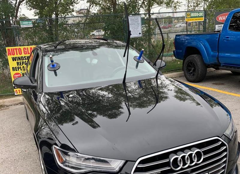 Auto Glass, Car Windshield Replacement Services in North York