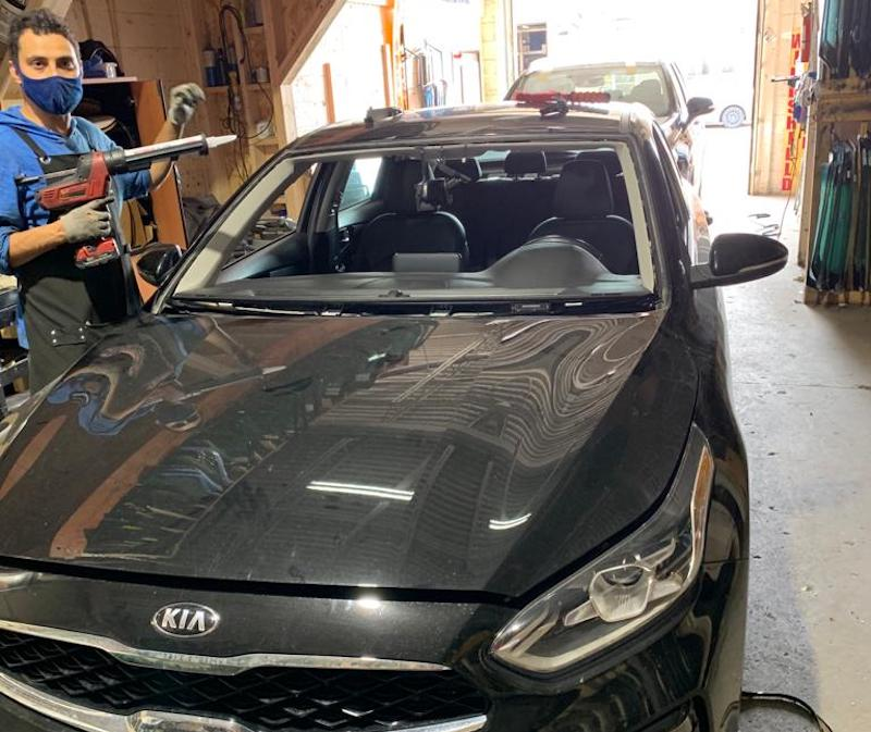 Auto Glass, Car Windshield Replacement Services in Pickering